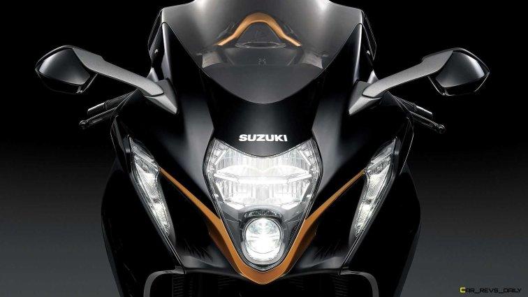 2022-suzuki-hayabusa-detail-headlight