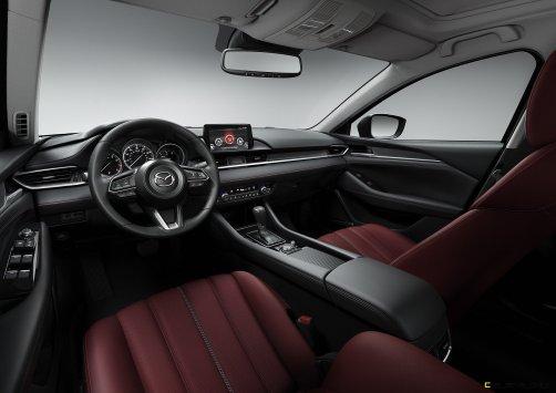 2021-Mazda6_Carbon-Edition_03
