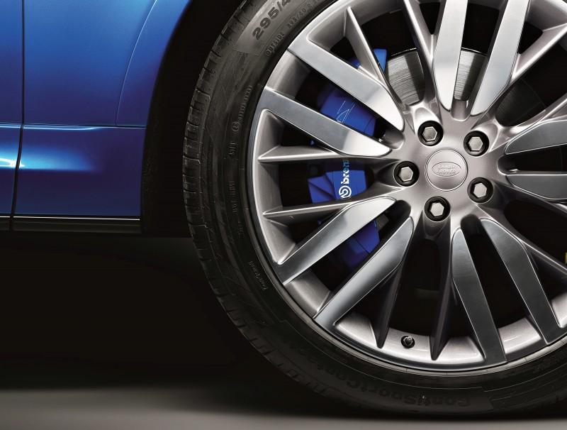 4.5s, 162MPH 2015 Range Rover Sport SVR is Official 8