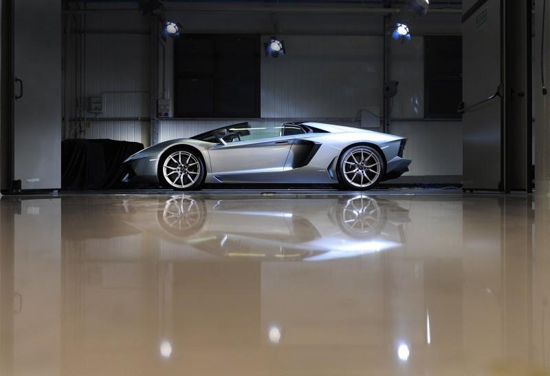 49138_01_2012_Lamborghini_Aventador_Roadster