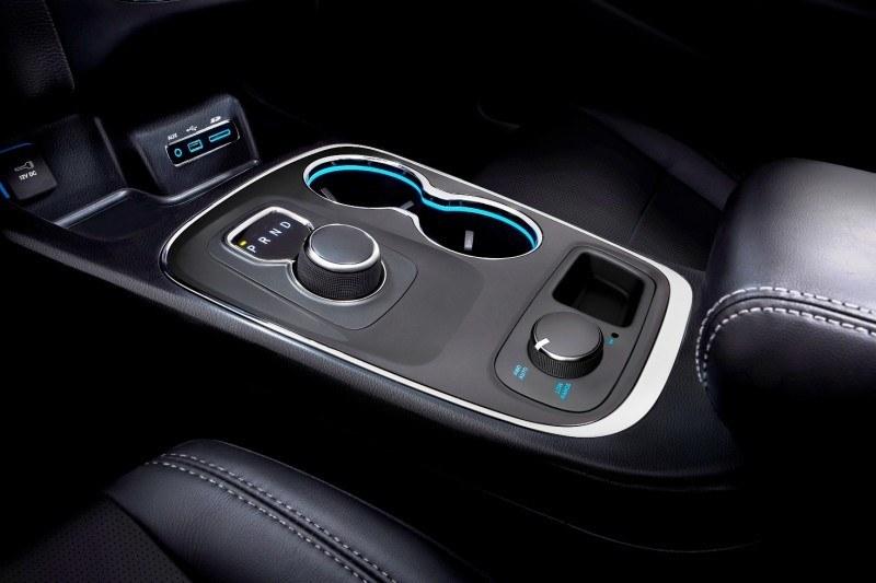 Best of Awards - Coolest SUV Stance - Dodge Durango  30