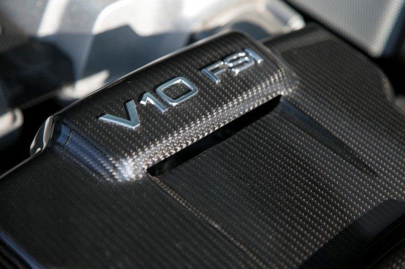 Car-Revs-Daily.com 2014 AUDI R8 V10 Plus in Sepang Matte Metallic Blue 36
