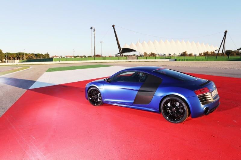 Car-Revs-Daily.com 2014 AUDI R8 V10 Plus in Sepang Matte Metallic Blue 67