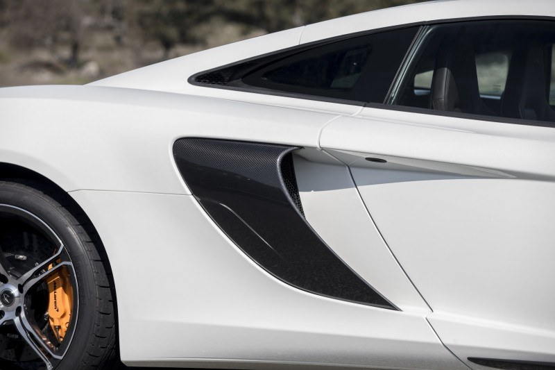Car-Revs-Daily.com 2014 McLaren 650S Coupe and Spider Launch Ascari Circuit 71