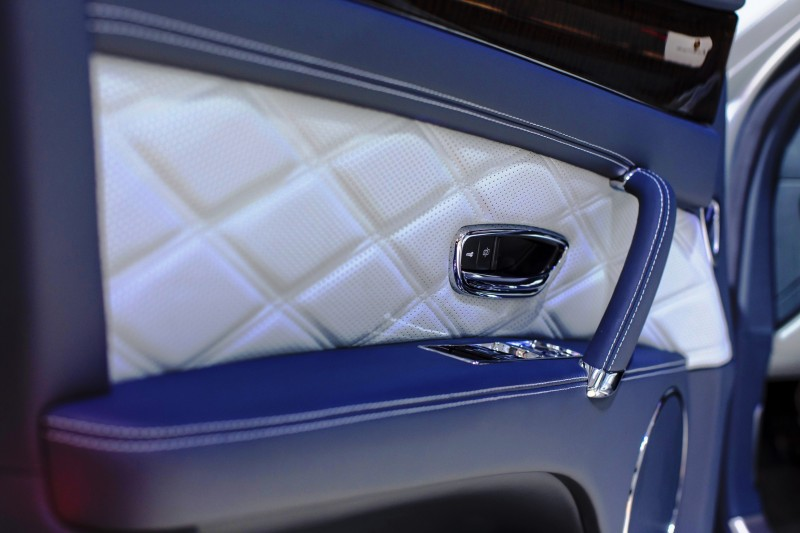Car-Revs-Daily.com 2015 Bentley Flying Spur V8 Debuts in Moscow 19
