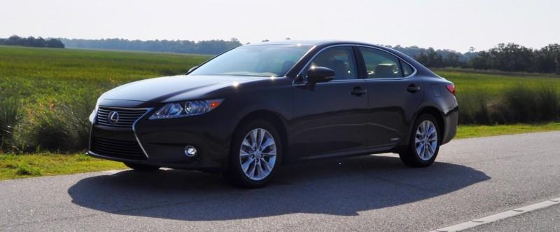 Car-Revs-Daily.com 2015 Lexus ES300h Review 29