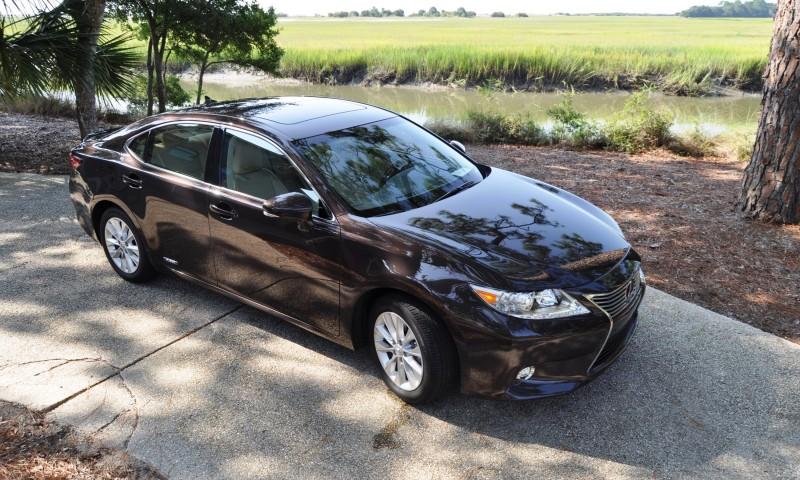 Car-Revs-Daily.com 2015 Lexus ES300h Review 48