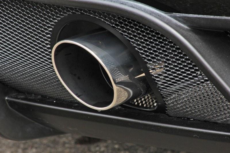 Car-Revs-Daily.com NOVITEC TRIDENTE Maserati GranCabrio MC Supercharged 17