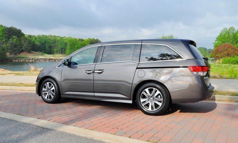 Car-Revs-Daily.com Road Test Review - 2014 Honda Odyssey Touring Elite 10