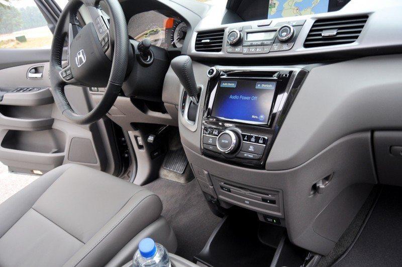 Car-Revs-Daily.com Road Test Review - 2014 Honda Odyssey Touring Elite 32