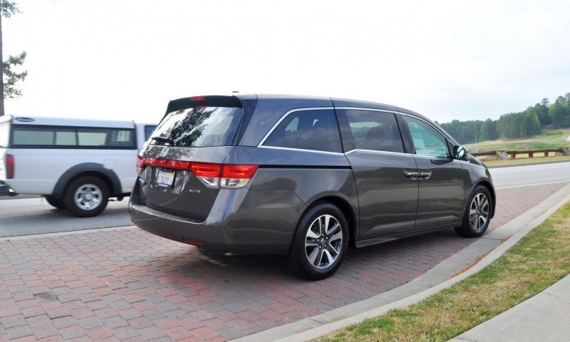 Car-Revs-Daily.com Road Test Review - 2014 Honda Odyssey Touring Elite 5