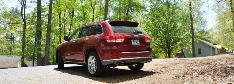 Car-Revs-Daily.com Road Test Review - 2014 Jeep Grand Cherokee Summit V6 17