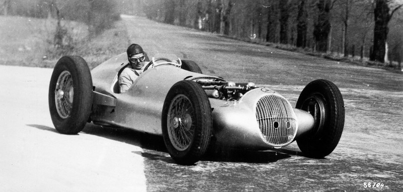 CarRevsDaily - Hour of the Silver Arrows - Action Photography 54