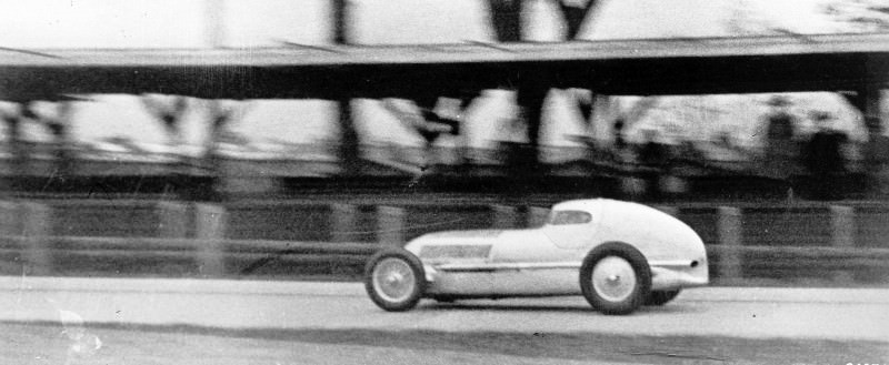 CarRevsDaily - Hour of the Silver Arrows - Action Photography 8
