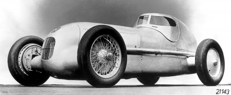 CarRevsDaily - Hour of the Silver Arrows - Action Photography 9
