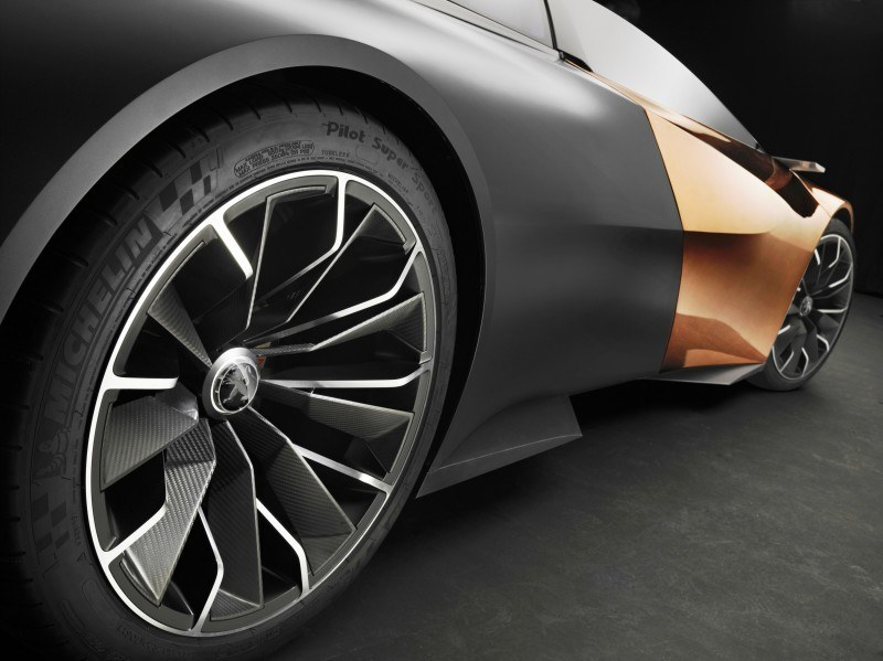 Concept Flashback - 2012 Peugeot ONYX Is Mixed-Media Hypercar Delight 7