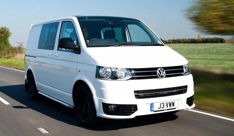 Happy B-Day to the Volkswagen Minibus and Transporter! Work Van Legend Turns 60 in UK This Year 31