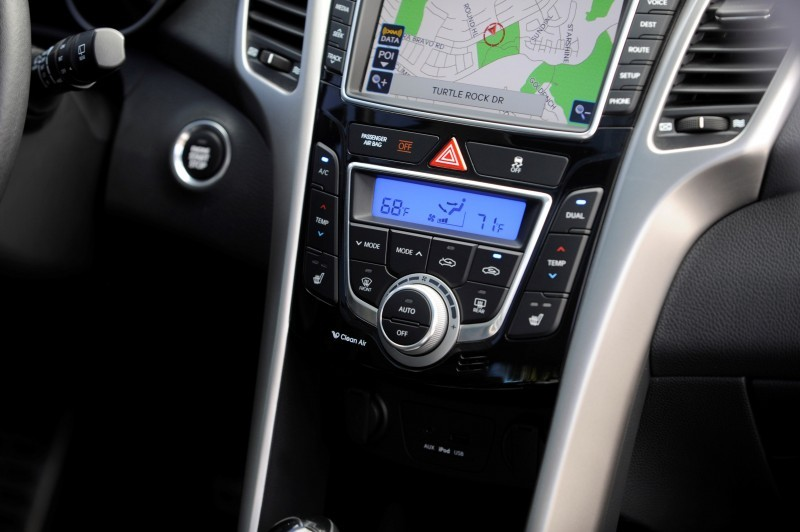 Hyundai Genesis, Elantra and Accent Score Segment-Best Initial Quality Awards from JD Power 14