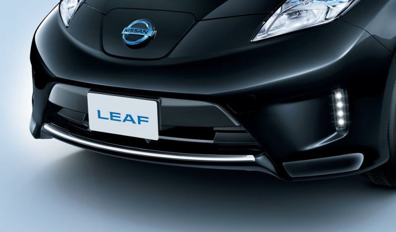 JDM Nissan Leaf Offers NISMO Accessories, ECU Reflash for Extra Power 9