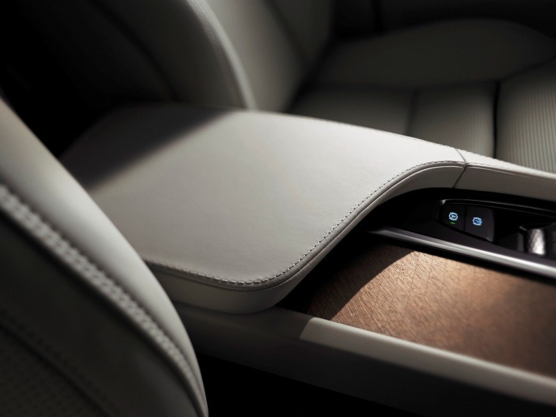PRODUCTION 2015 VOLVO XC90 Interior First Look 5