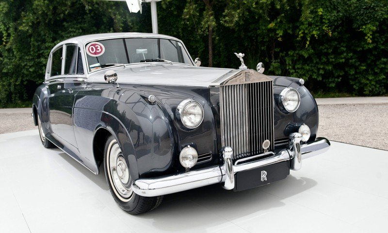 Past and Future Perfect - Rolls-Royce Is Evergreen in 111-Year History - 111 RARE Photos To Celebrate 53