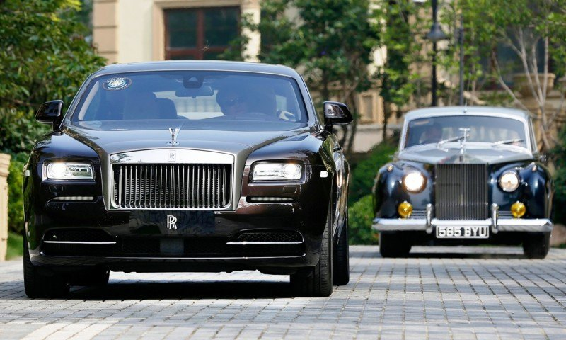 Past and Future Perfect - Rolls-Royce Is Evergreen in 111-Year History - 111 RARE Photos To Celebrate 55
