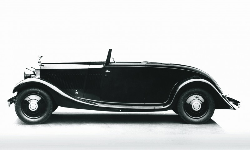 Past and Future Perfect - Rolls-Royce Is Evergreen in 111-Year History - 111 RARE Photos To Celebrate 71