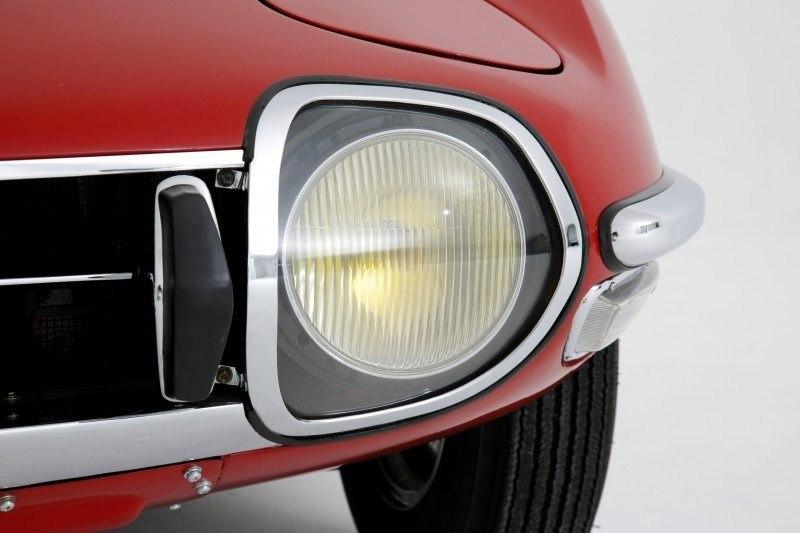 RM Auctions Monaco 2014 Highlights - 1968 Toyota 2000GT Joins Rare Million-Plus Japanese Car Club  8