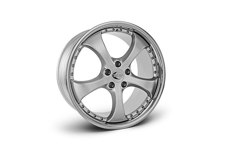 TECHART Releases First Four MACAN Wheels 14