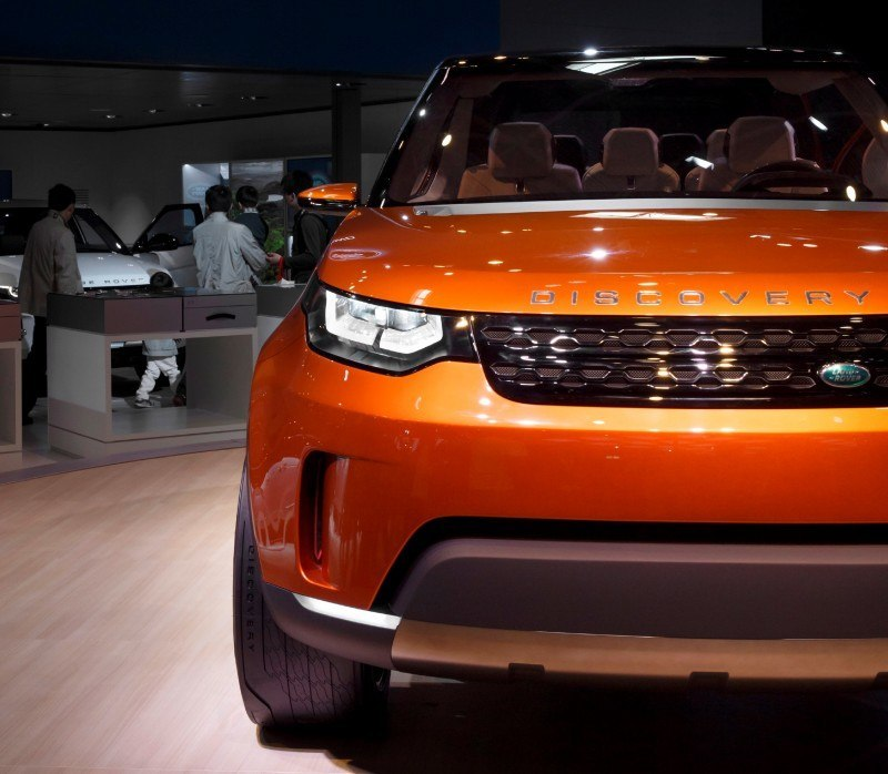 Update1 - Land Rover Discovery Concept Previews 2016 LR4 Discovery and 2015 LR2 Disco Sport 12