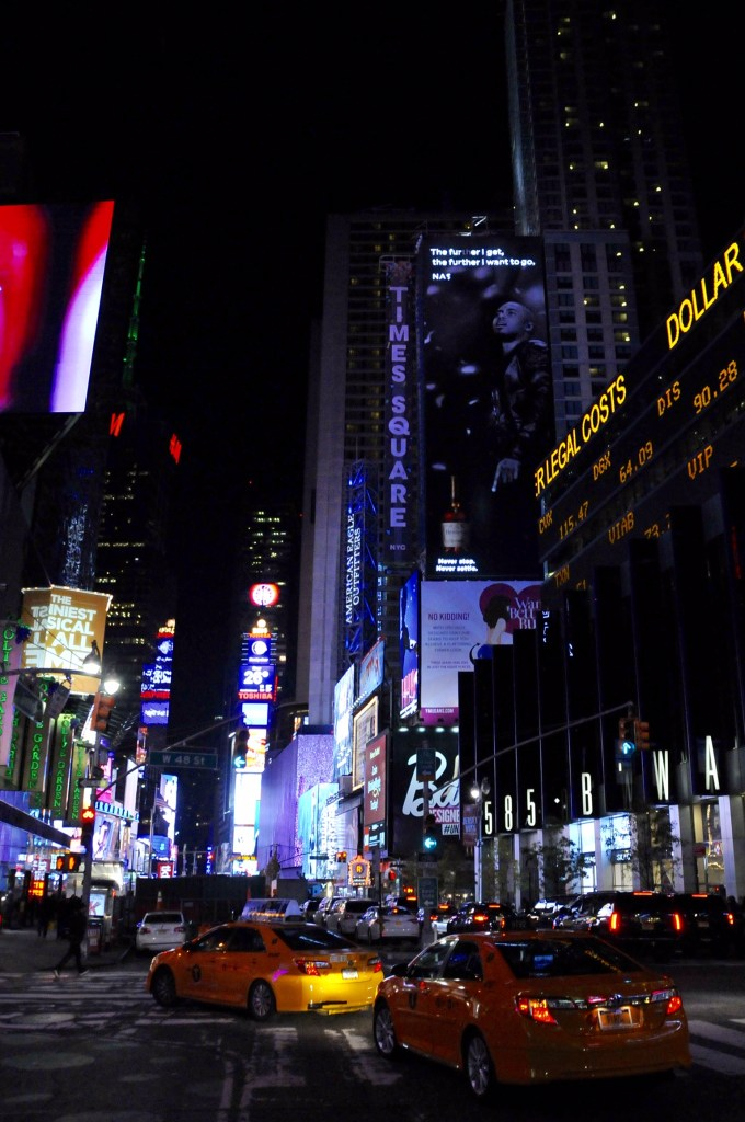 New-York - Time Square by night - ©JCHERIX