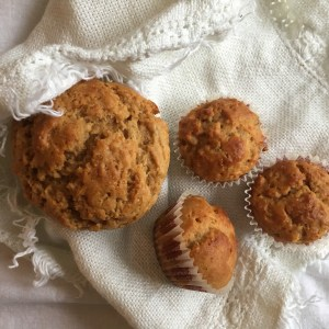 Fast peanut butter banana muffins recipe - delicious and easy to make, even with kids!