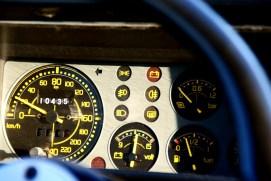 Lancia-Delta-HF-Integrale-EVO-2-velocímetro-y-relojes