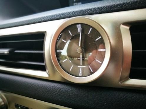 Reloj Lexus GS 300h
