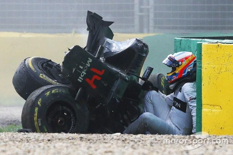 f1-australian-gp-2016-fernando-alonso-mclaren-mp4-31-exits-his-car-after-a-huge-crash