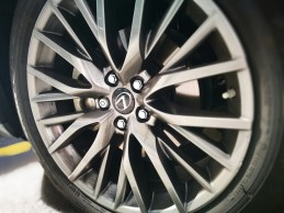 Llanta Lexus Rx450h