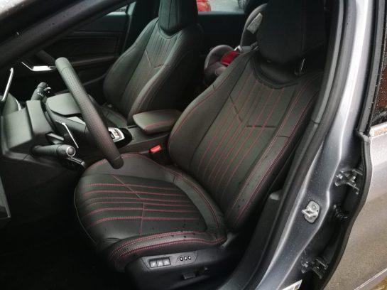 Asientos delanteros 308 SW GT