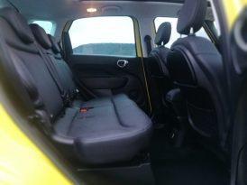 Fiat 500 L Cross interior sin silla