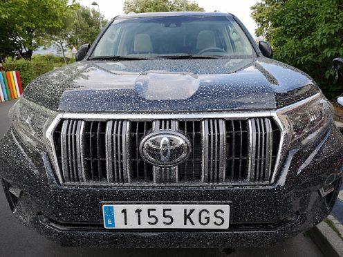 Frontal Toyota Land Cruiser VXL