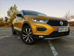 Frontal Volkswagen T-Roc Advance Style