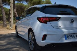 Trasera Opel Astra GSI Line