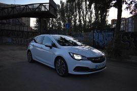 Opel Astra GSI Line 200 cv