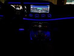Vista nocturna Mercedes CLS