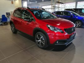 Peugeot 2008 GT Line en color Rojo Ultimate