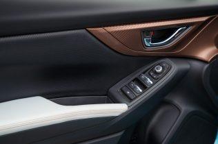 Subaru XV ECO HYBRID interior (5)