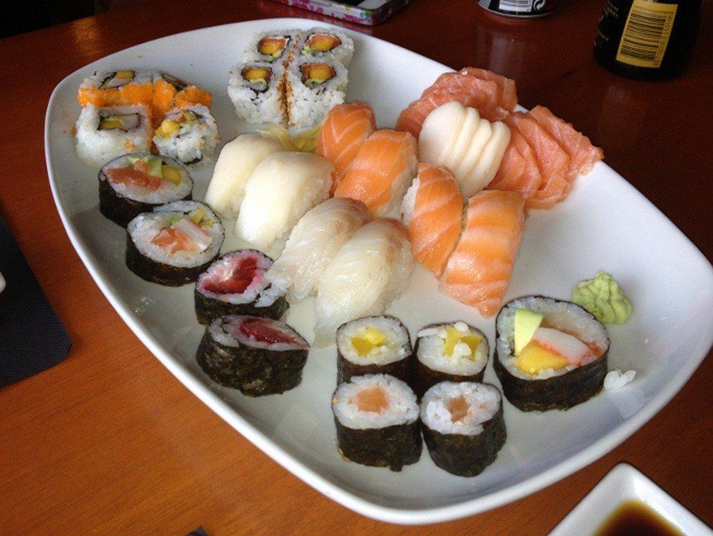 Sushi bom e barato | Restaurante Tokyo