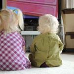 Zašto sam protiv izlaganja beba televiziji