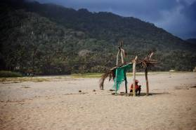 Colombie - Tayrona - homme sous cabane