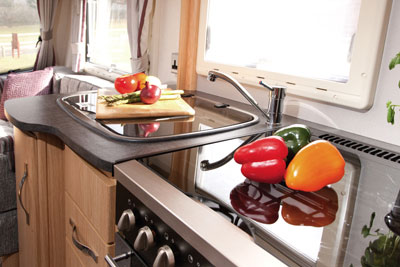 Coachman Pastiche 535 kitchen