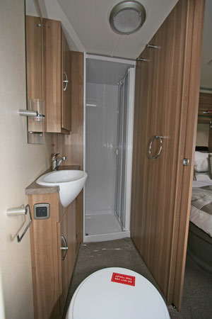 Sterling Eccles Sport 584 Caravan Shower Room